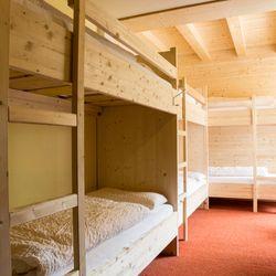 Mehrbettzimmer für Schüler- und Jugendgruppen