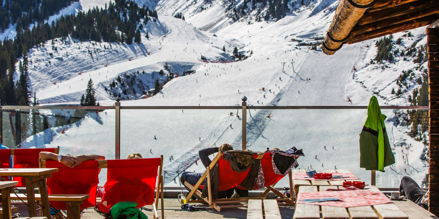 Relax in the sun on the Montana Alm